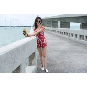 Urban Outfitter jumpsuit red floral print